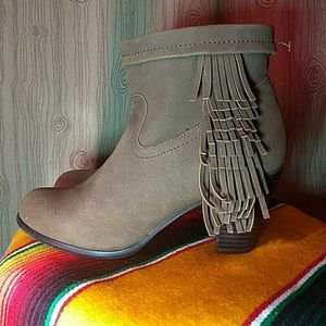 Fringed Heeled Fall Booties Size 6.5 NFR Ready!
